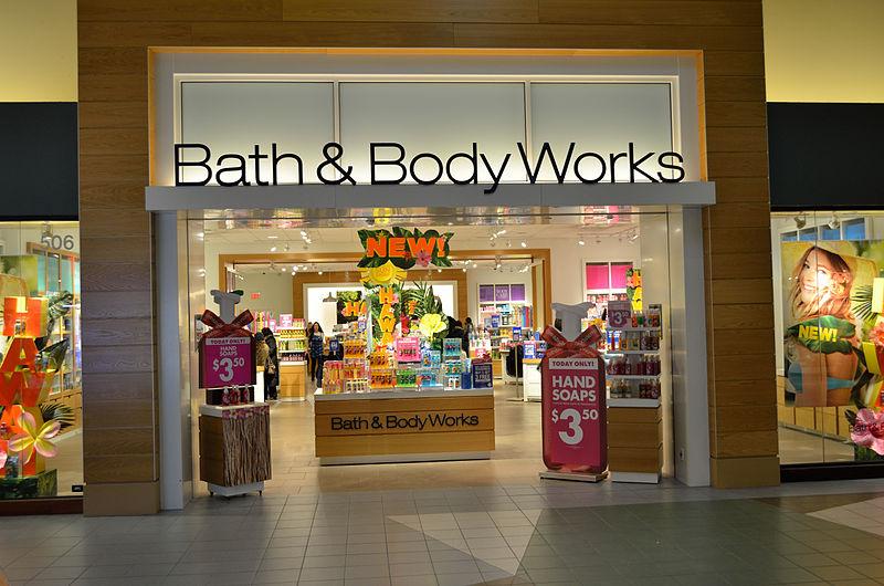 800px-Bath&BodyWorksVaughanMills