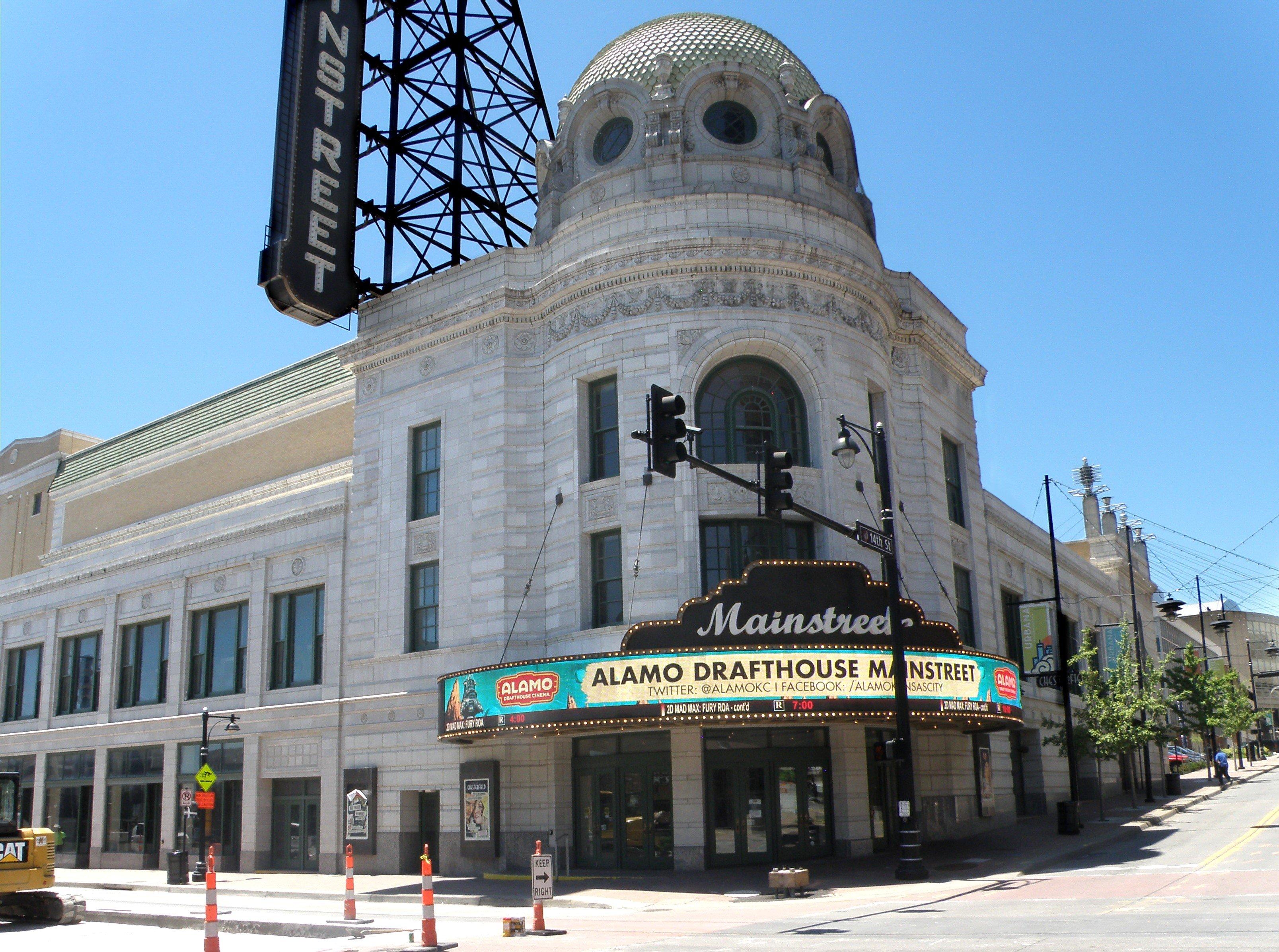 Alamo_Drafthouse_Mainstreet_-_Kansas_City,_Missouri,_USA_-_panoramio