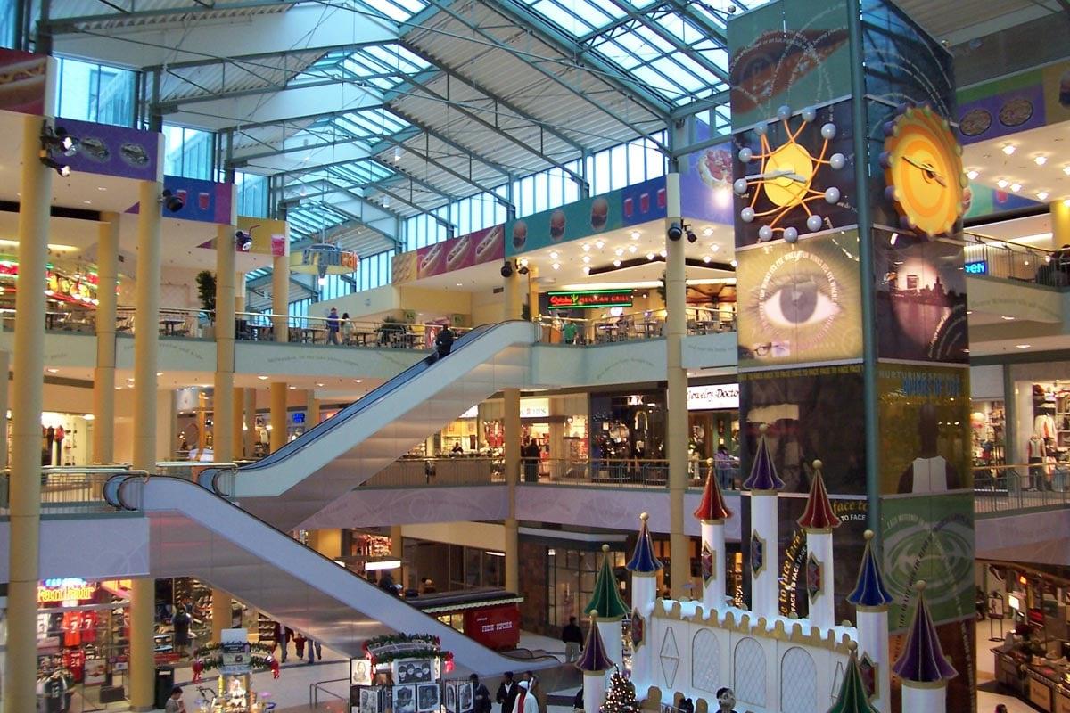 Shops_of_Grand_Avenue